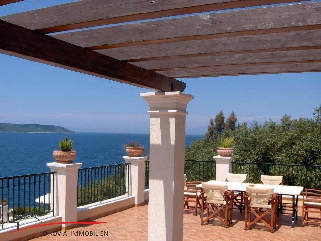 Wunderschöne Villa in korfiotischer Architektur in Kassiopi